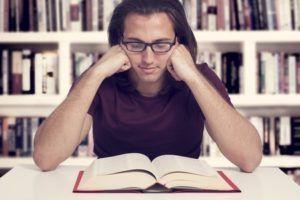 Est-ce que lire un livre peut vous rendre riche ?