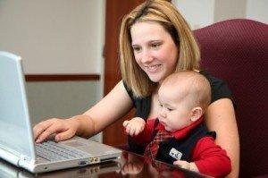 Concilier vie de famille et travail à domicile