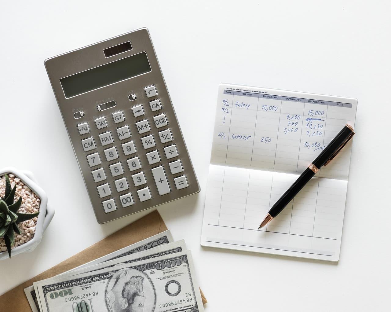 Prix calculatrice comptes stylo argent